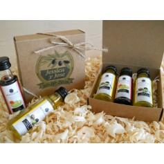 Caja con aceite de oliva y vinagre