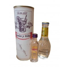 Gin Tonic Schweppes Premium con Ginebra Larios en lata personalizada