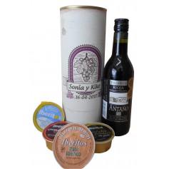 Botella de vino Tinto Crianza Antaño con paté y queso azul en lata