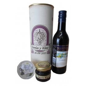 Botella de vino tinto Mayoral con crema de queso de cabra y miel en lata personalizada