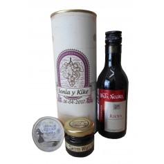 Botella de vino CrianzaPata Negra con crema de queso de cabra y miel en lata personalizada