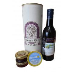 Botella de vino Mayoral con crema de queso de azul y miel en lata personalizada