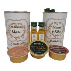 Detalle gourmet aceite de oliva y paté en miniatura