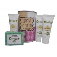 Lata cosmetico con productos de Aceite de Oliva, Gel, champu, Crema de manos y pastilla de jabon
