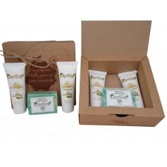 Caja kraft para detalles de boda con cosmetica de Aceite de Oliva, Body Milk, Crema de manos y pastilla jabon de Oliva
